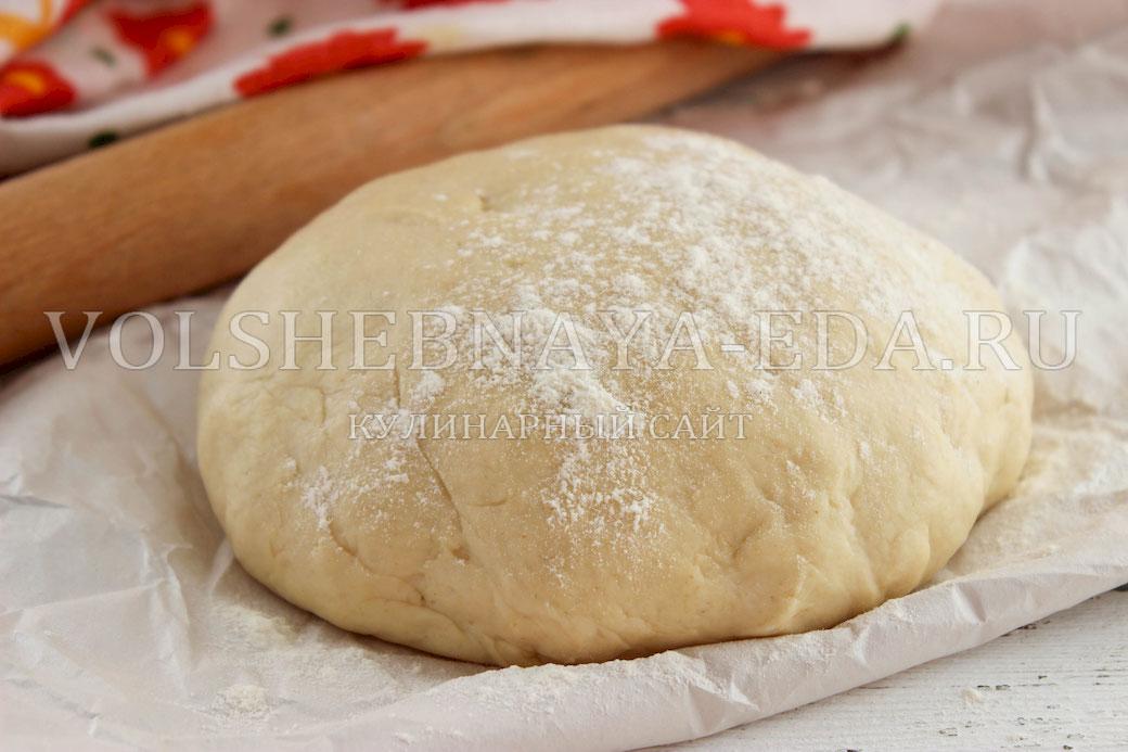 Пирожки на кефире и сухих дрожжах