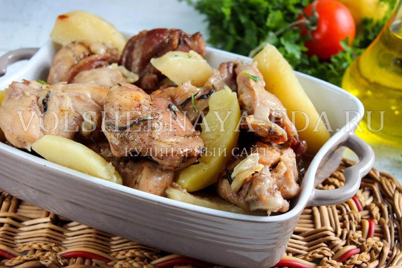 кролик в духовке в рукаве с картошкой