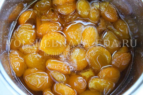 varene iz abrikosov s yadryshkami 4