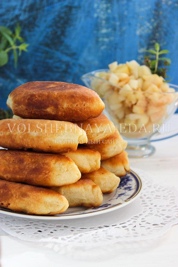 Жареные пирожки с яблоками на сковороде рецепт