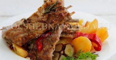 Бараньи ребрышки в духовке с картошкой