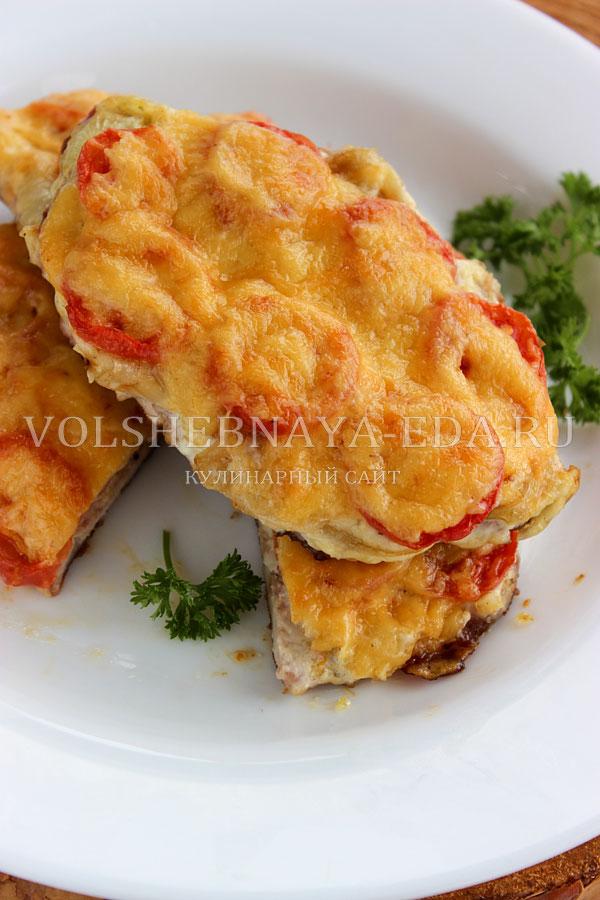svinina s pomidorami i syrom 14