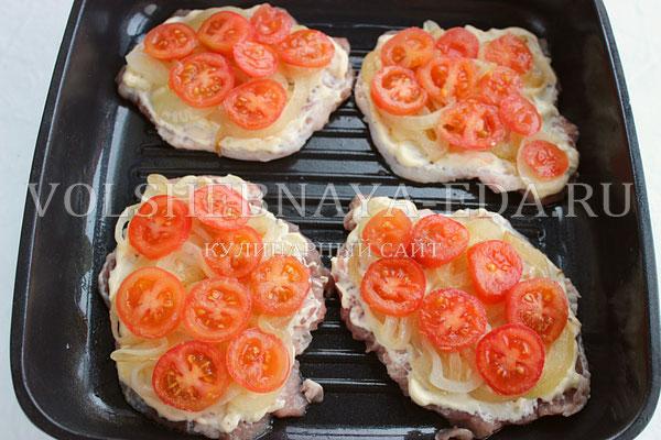 svinina s pomidorami i syrom 6