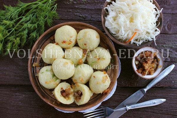cheshskie kartofelnye knedliki s bekonom 11