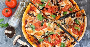 Пица с грибами