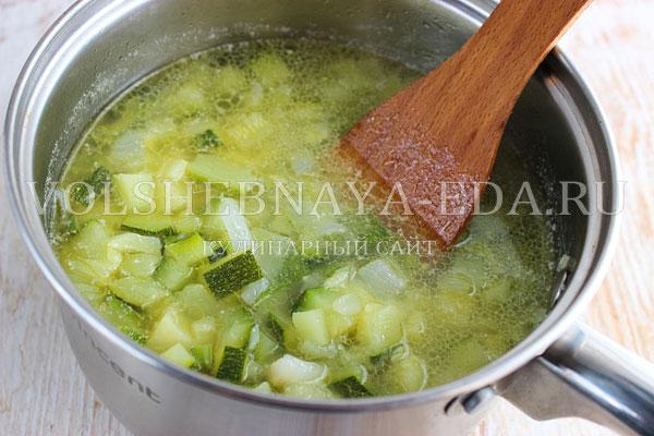 krem sup iz cukini 4