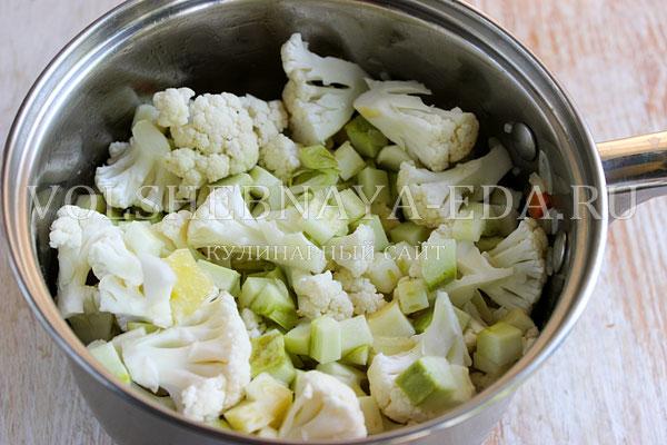 sup pyure iz cvetnoj kapusty s kabachkami 2
