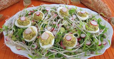 Салат с тапенадой