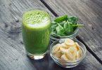 Зеленый коктейль с бананом