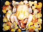 Курица, фаршированная яблоками