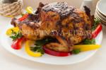 Курица, запеченная в пряной корочкой