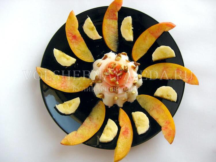 panna-kotta-s-nektarinom-i-bananom-10