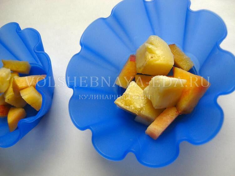 panna-kotta-s-nektarinom-i-bananom-4