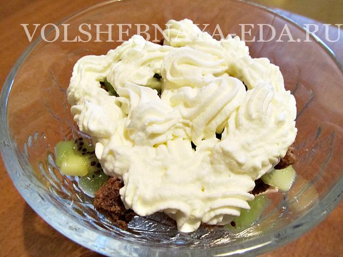 Кофейно-сливочный десерт с ягодами – кулинарный рецепт