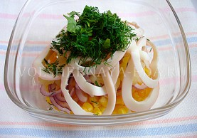 kak-prigotovit-salat-iz-kalmarov-5