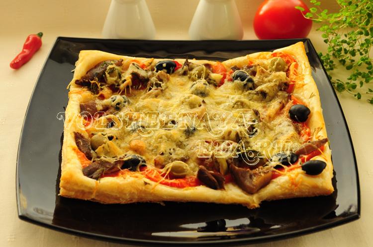 Пицца с маринованными грибами (вегетарианская) рецепт с фото