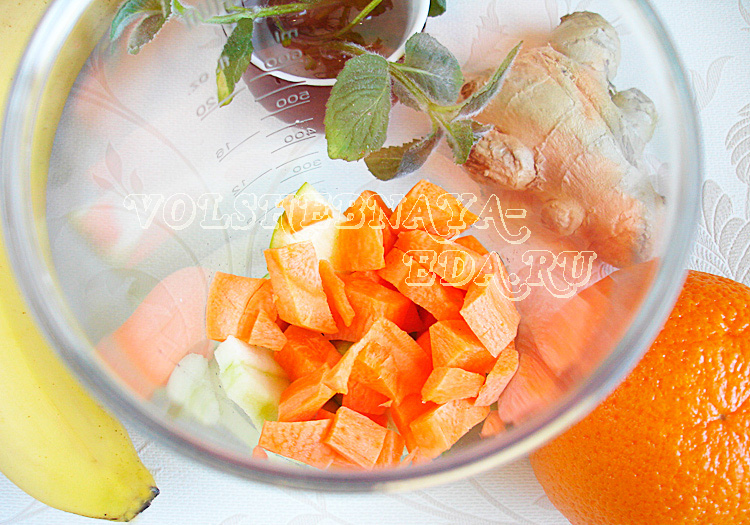 smuzi-iz-fruktov-i-morkovi-3