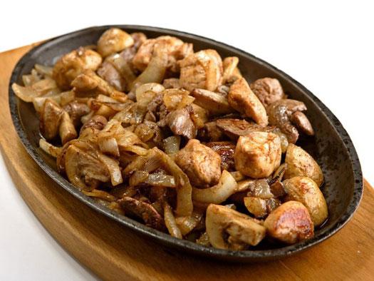 Шашлычки из куриной печени – кулинарный рецепт