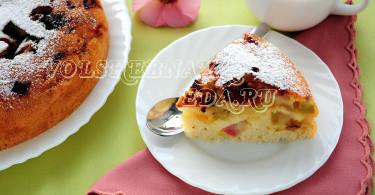 Пирог с ревенем в мультиварке рецепт с фото