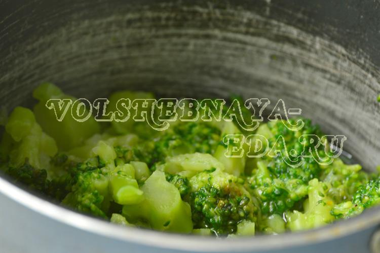 krem-sup-iz-brokkoli-2