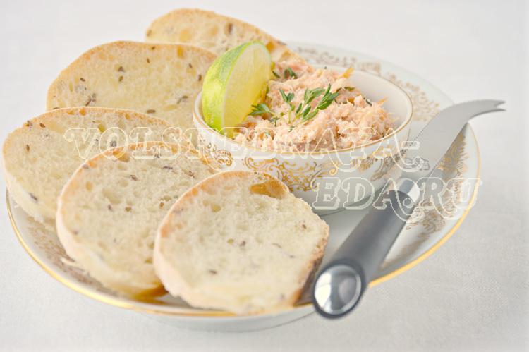 лебная закуска с французским паштетом из копченого лосося рецепт с фото