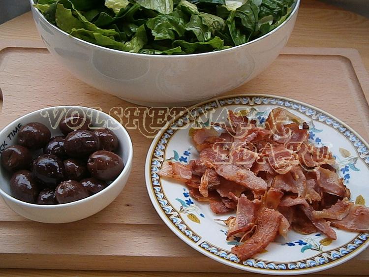 Салат со шпинатом и голубым сыром – кулинарный рецепт