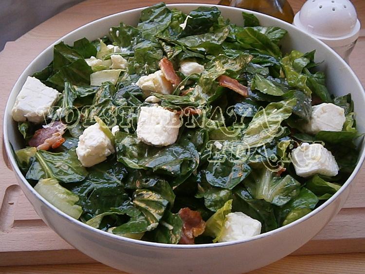 salat-so-shpinatom-i-beconom-7