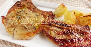 Свиная корейка, запеченная в духовке, с апельсиновым соусом