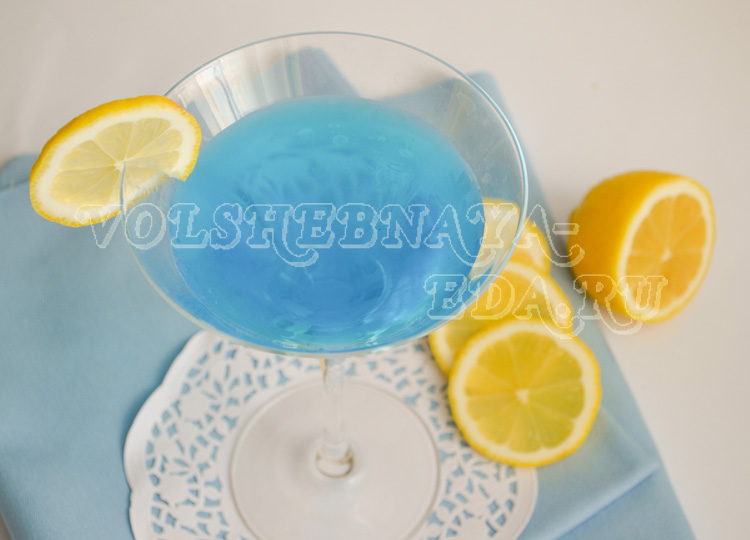 koktejl-Martini-Blue-8