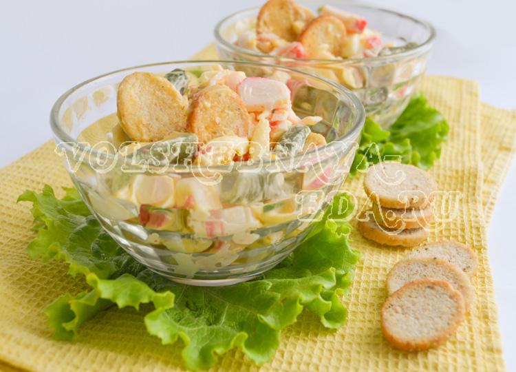salat-s-krabovymi-palochkam-11