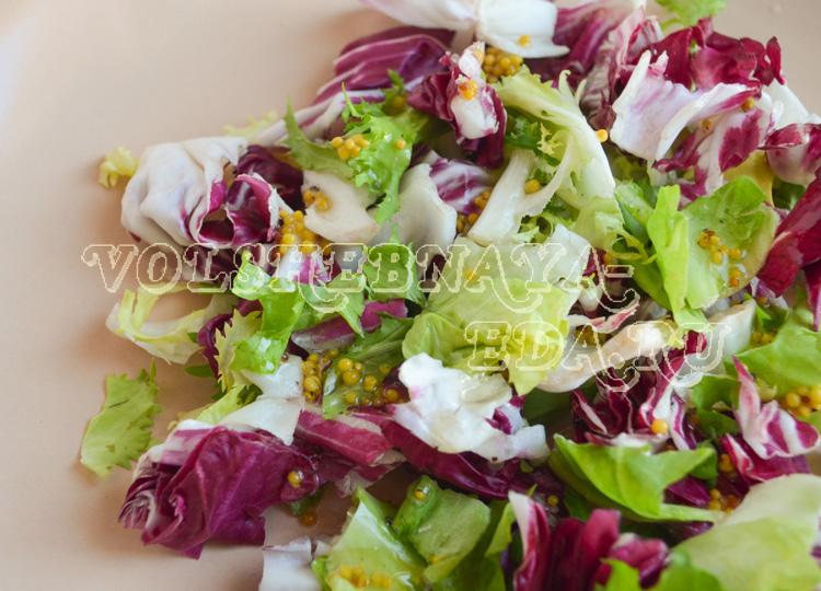 salat-s-pechenym-kartofelem-4