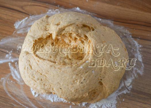hleb-s-vjalenymi-tomatami-i-krem-syrom-7