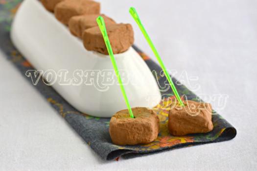Шоколадные трюфели с чили