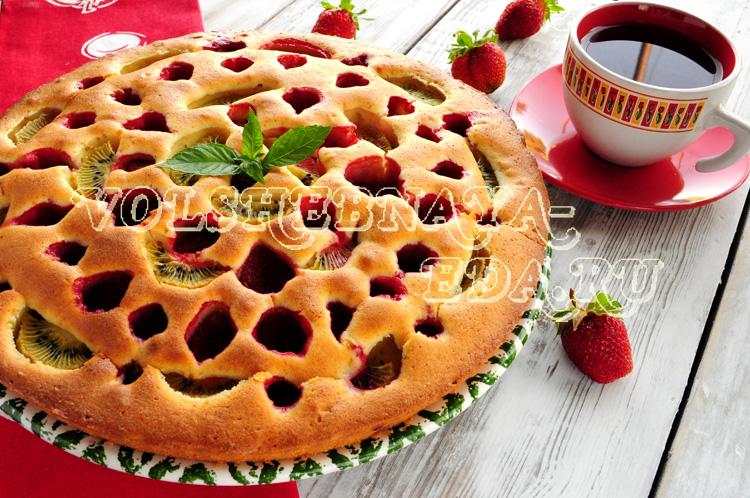 Клубничный пирог с киви рецепт с фото