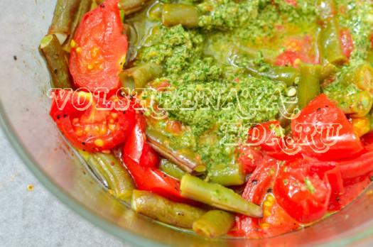 struchkovaja-fasol-zapechennaja-s-pomidormi-pesto-6