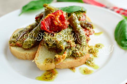 struchkovaja-fasol-zapechennaja-s-pomidormi-pesto-9