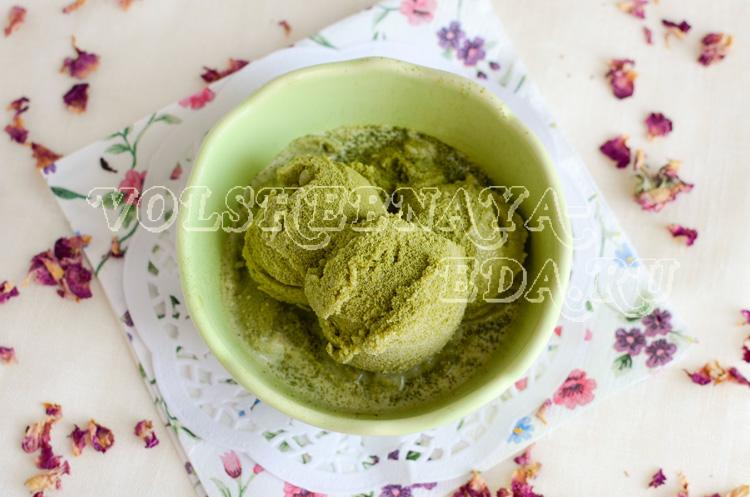 Сливочное мороженое с чаем матча