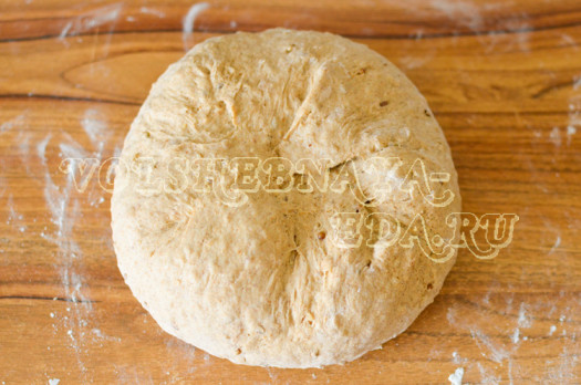 multizlakovyj-hleb-s-koriandrom-8