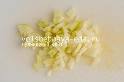 hleb-s-lukom-i-syrom-3