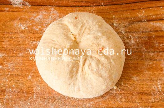 hleb-s-lukom-i-syrom-8