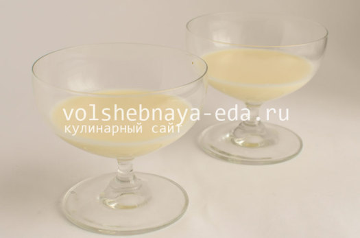 panna-kotta-s-likerom-kjurasao-blu-4