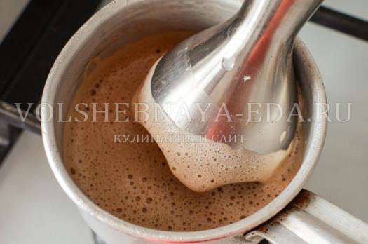 shokoladnyj-smuzi-s-halvoj-4