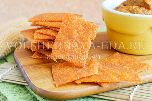 chipsy-iz-kukuruznoj-muki-nachos-8