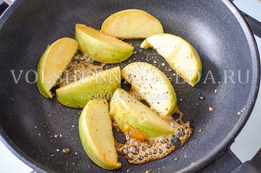 salat-iz-pecheni-s-malinovym-sousom-9