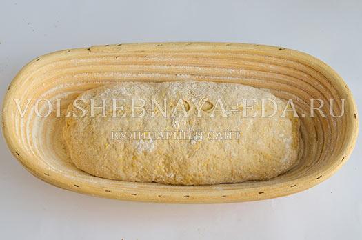 pshenichno-rzhanoj-hleb-s-kukuruzoj-i-syrom-8