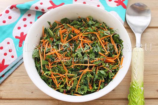 Salat-iz-krapivy-i-listev-oduvanchika-7