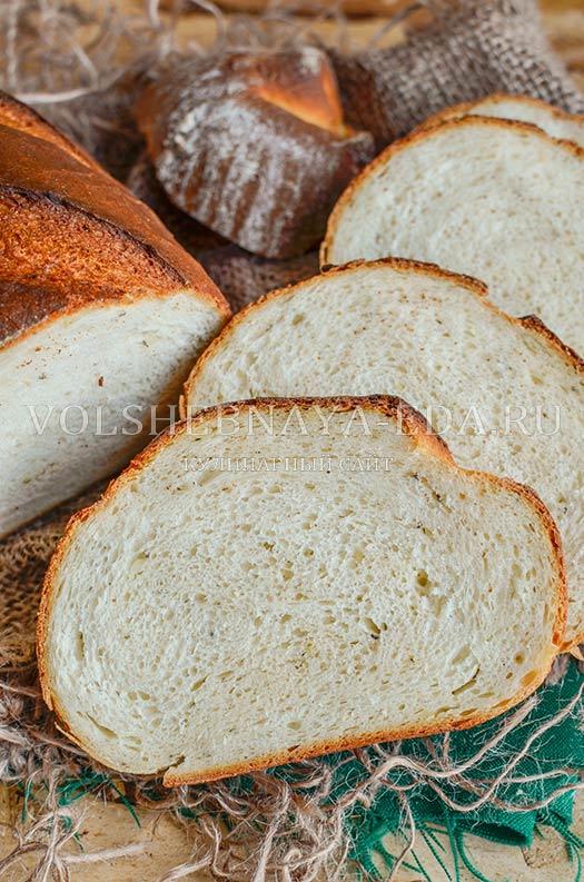 chesnochnyj-hleb-s-provanskimi-travami-12