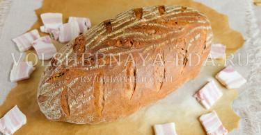 Хлеб на темном пиве