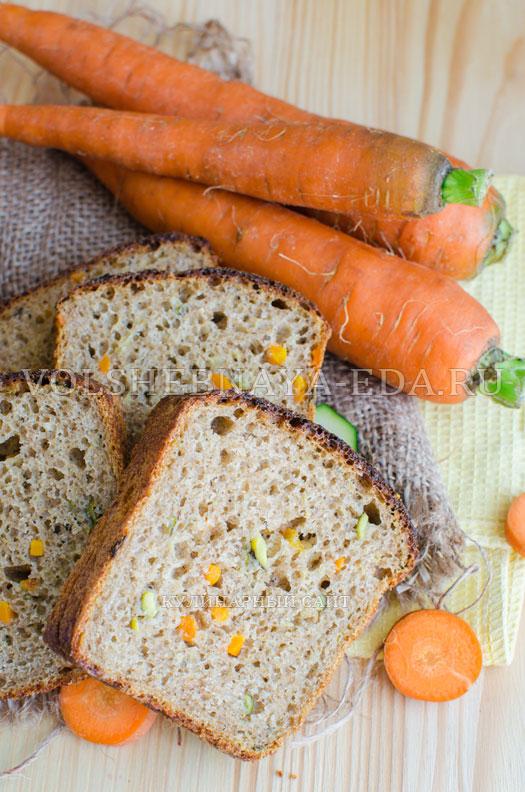 hleb-s-molodymi-kabachkami-i-morkovju-12