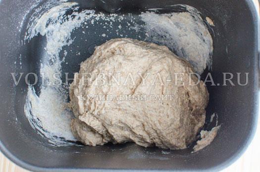 hleb-s-molodymi-kabachkami-i-morkovju-6